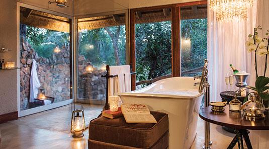 Suite luxury bathroom Dulini Safari Lodge Sabi Sand Game Reserve South Africa Luxury Safari Lodge Bookings