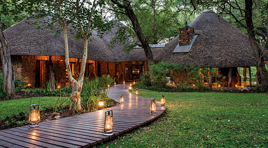 Luxury South African Dulini Safari Lodge located in the Big Five Sabi Sand Game Reserve