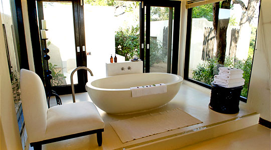 bathroom luxury Villa Lion Sands Ivory Lodge Private Luxury Suite Sabi Sand Game Reserve South Africa