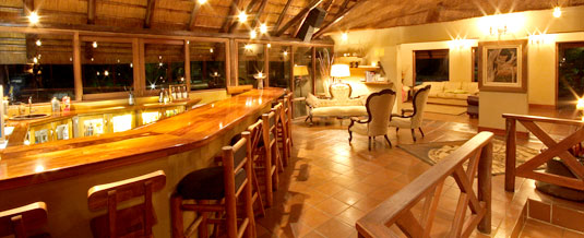 Main lodge, Bar Area,Nkorho Bush Lodge,Sabi Sands Private Game Reserve,Kruger National Park,Accommodation Booking