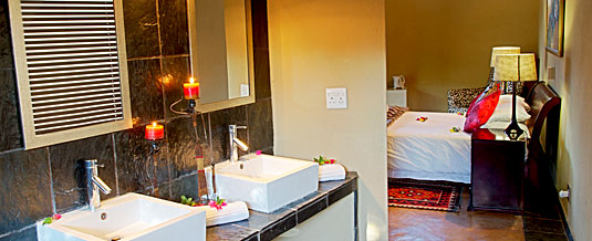 Luxury Safari Lodge Bookings,En-suite Chalet,Nkorho Bush Lodge,Sabi Sands Private Game Reserve,Kruger National Park,Accommodation Booking