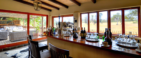 Bar,Notten's Bush Camp,Nottens Private Game Reserve,Sabi Sands Game Reserve,Safari Lodge bookings