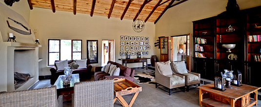 Lounge,Notten's Bush Camp,Nottens Private Game Reserve,Sabi Sands Game Reserve,Safari Lodge bookings